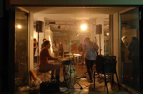 19.12.2015 Konzert: Johanna Forster und Markus Deutschmann. esc medien kunst labor. Foto: Bettina Landl